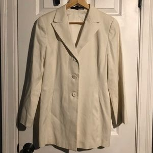 Ellen Tracy cram colored blazer